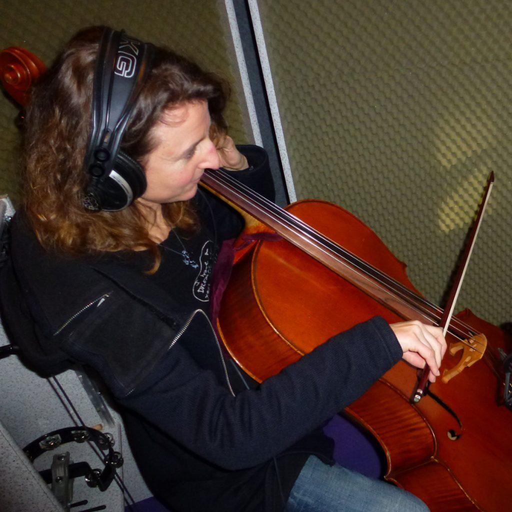 Mirjam Hardenberg, Cello und Sopran